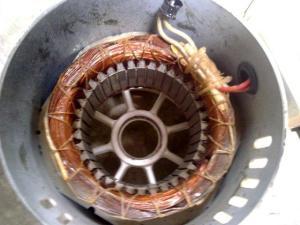 stator motor pole